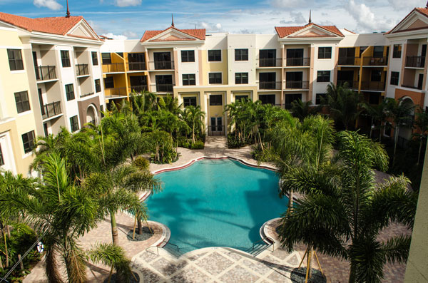 Nexus Sawgrass Apartments Pool
