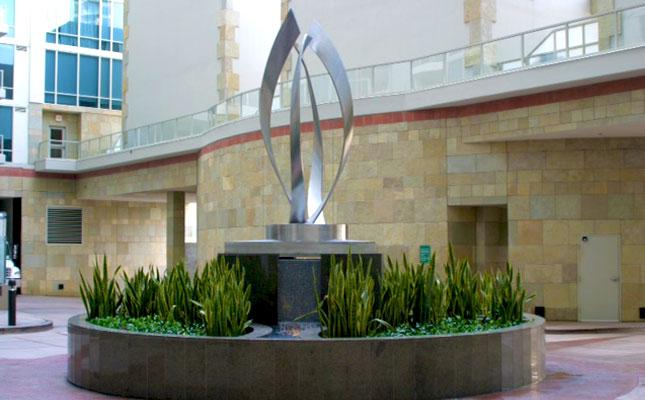 Vantage Pointe Sculpture